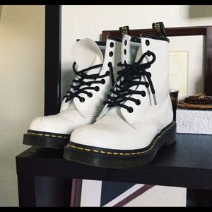 Doc Martins ( White )